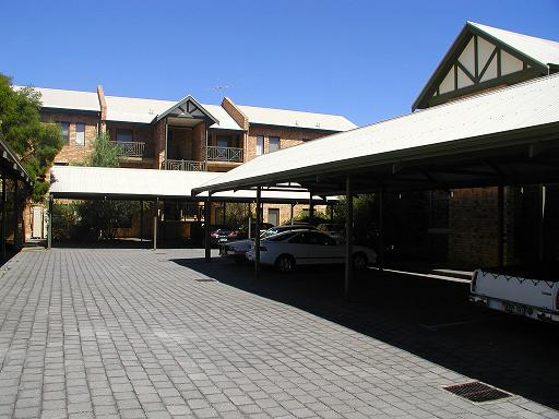 carport01.jpg